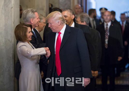 불붙는 '트럼프 탄핵론'..가능할까