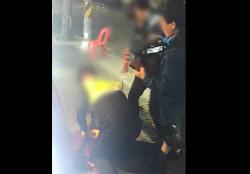 """""""사건본질 흐린다""""…`대림동 여경` 비판 게시글 삭제 나선 경찰"""