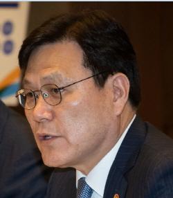 """최종구 """"쏘카 이재웅, 무례하고 이기적"""" 작심비판"""
