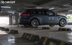 팔방미인 스포츠카 SUV..포르쉐 카이엔 경쟁자는