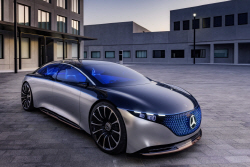 삼각별에 뒤지지 않는 현대차 디자인..더 뉴 그랜저...