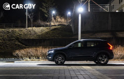 안전과 타협 않는 엔트리 SUV…볼보 XC40