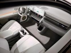 '또다른 집처럼' 車실내 공간 개념 바꾼 '아이오닉 5'