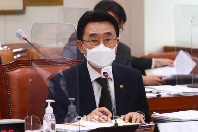 [포토]국회 법사위, '답변하는 이강섭 법제처장'