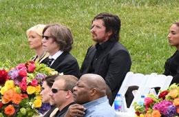 크리스 코넬 장례식