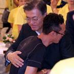 文대통령, 4.16 세월호 참사 피해자 가족 초청 간담회