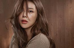 박시현, 그윽한 눈빛