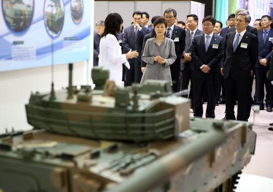 `대통령 축사`,29일부터 나흘간 열리는 `민군기술협력박람회`는?