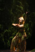 현대무용가 석예빈, 최승희 `보살춤` 재연