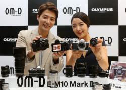 �ø�Ǫ��, E-M10 Mark�� ���