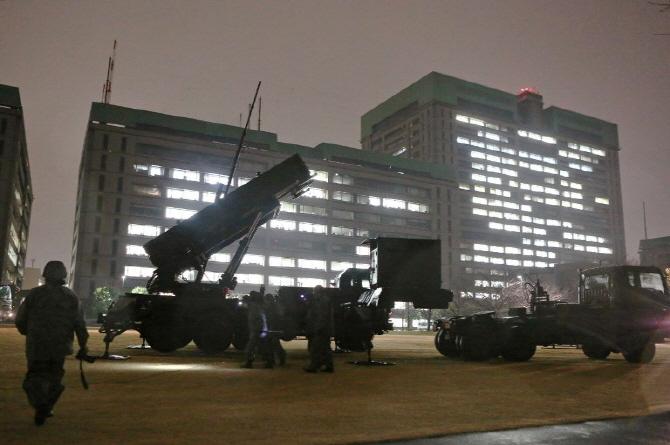 日 도쿄 중심부 北미사일 요격용 PAC-3 설치..발사구 열어놔