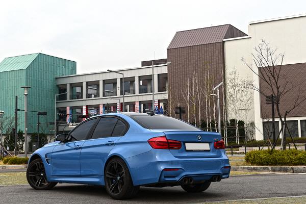 BMW M3 & 캐딜락 ATS-V 비교 시승기 - 야생마와 완벽주의자, 새로운 라이벌 구도를 완성하다