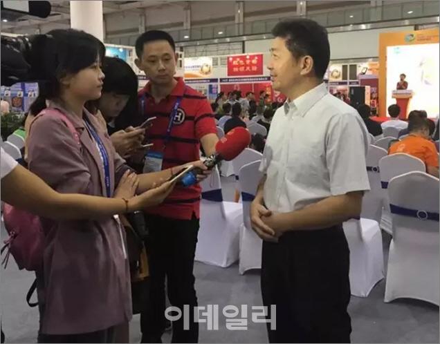 2016 중국식품요식박람회 순조롭게 폐막