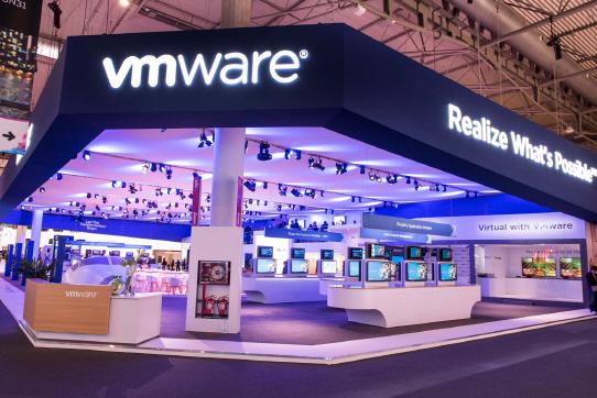 VM웨어, MWC서 통신사업자 위한 네트워크 가상화 플랫폼 공객