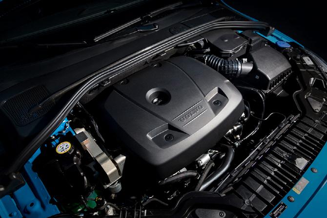 볼보 S60 폴스타 & V60 폴스타 서킷 시승기 - 서킷 위 볼보를 섹시하게 만드는 존재