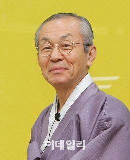 [목멱 칼럼] 국민단합 일깨우는 역사의 현장. 김병일 도산서원장