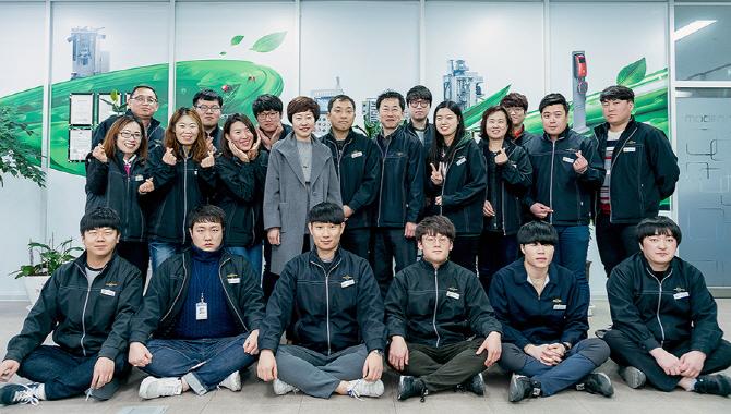 [2017 전기차엑스포] 모던텍 김성두 대표 인터뷰 '충전 시스템의 경쟁력에 담긴 가치'