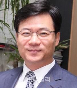[목멱 칼럼]박근혜식 외교, 무엇이 문제였나? 박인휘 이화여대 교수