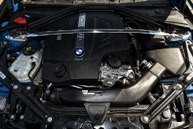 BMW M2 쿠페 tune by YLK 시승기 - 강력한 퍼포먼스의 타임 어태커