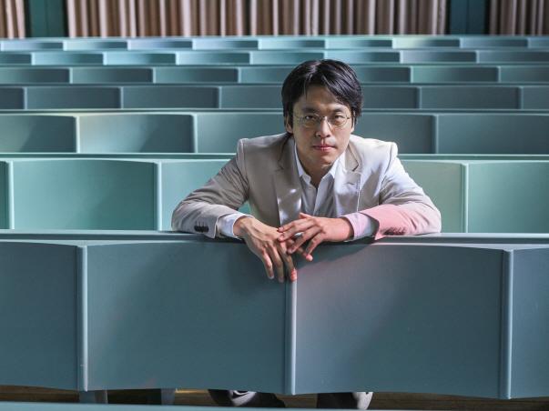 김선욱의 내공…조성진 제치고 클래식음반 1위