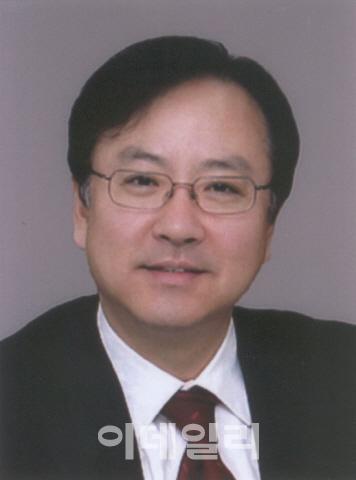 [목멱 칼럼]탄핵 이후, 이제 국민 통합에 힘을 모아야 할 때. 홍성걸 국민대 교수