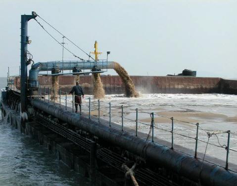 해수부, 아파트에 바닷모래 사용 금지 추진...건설업체 반발할듯
