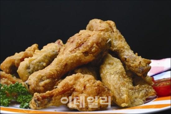 수입량의 절반, 브라질산 닭고기 판매 중단..치킨대란 또오나(상보)