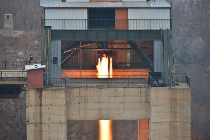 北, 6개월만에 로켓엔진 개선…ICBM 개발 마지막 단계 왔나(종합2보)