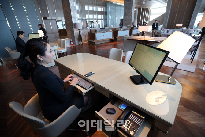 [포토]롯데월드타워 시그니엘 서울, `오픈 준비중`