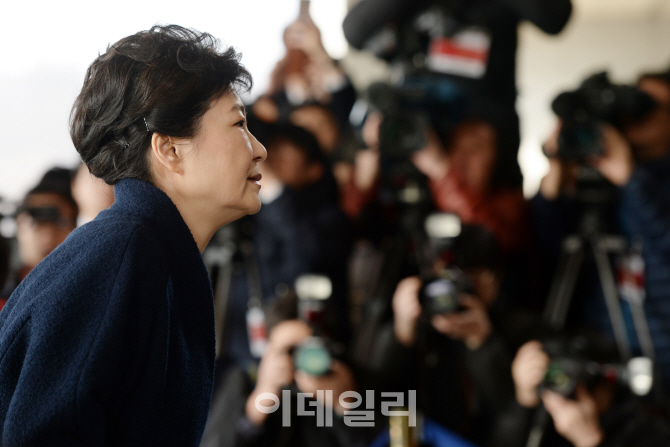 朴 전 대통령 檢 조사..삼성 `총수 부재` 어떤 영향 미칠까?