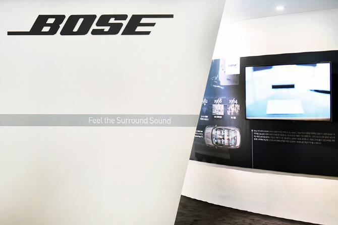 [서울모터쇼] `서라운드 사운드를 느껴라` 르노삼성자동차 부스에서 만난 보스 사운드