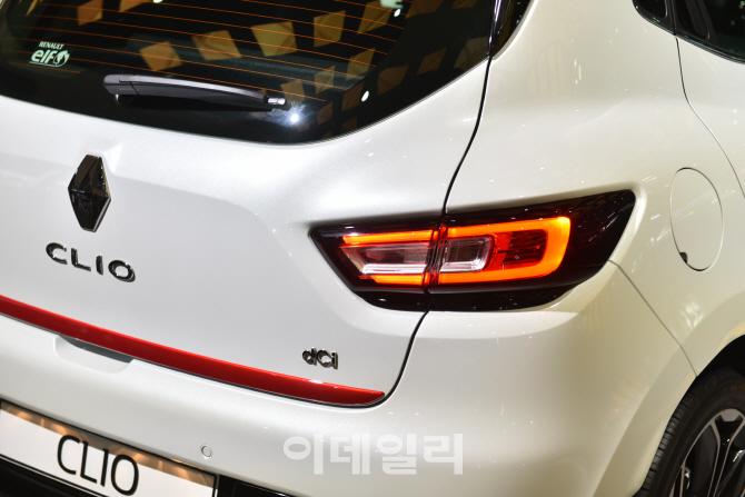 [영상] 오는 6월 출시 앞둔 르노삼성車 `클리오` 2017 서울모터쇼에서의 만남