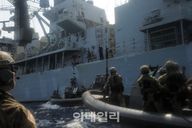 아덴만 파견 청해부대, 美·日·英 해군과 대해적 연합훈련
