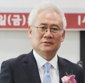 """'朴사옥 매수자' 홍성열 마리오아울렛 회장…""""개인적 용도로 구매"""""""