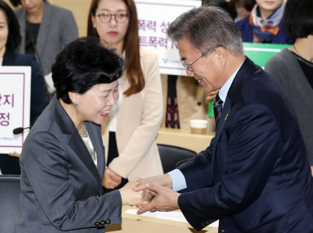 文측, 송민순 '명예훼손·허위사실 공표'로 고발키로