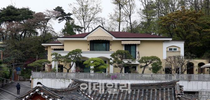 [포토]박근혜 전 대통령 내곡동 사저 `적막`