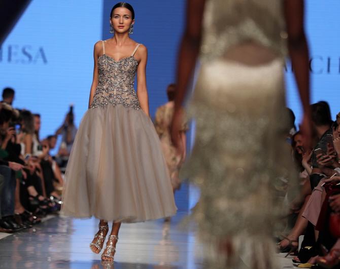 [포토]아랍 패션위크, `보석으로 가득`