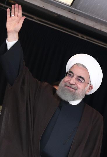 이란 대선 막 올라…현 대통령 親서방 기조 '중간평가'