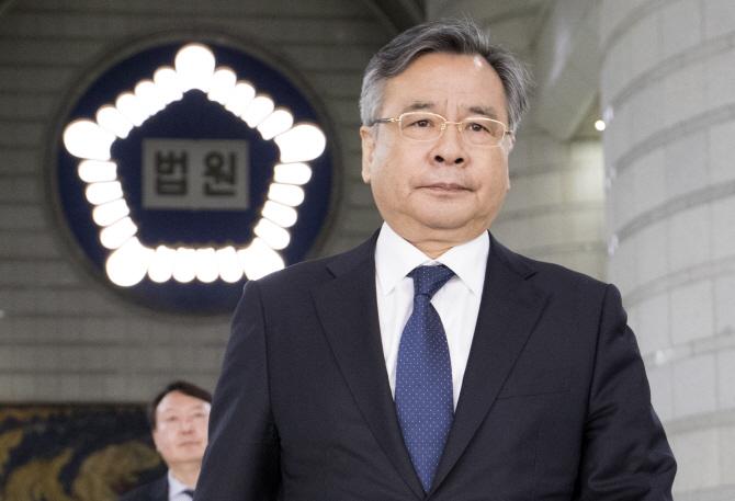 검찰총장-법무장관 `오리무중`..박영수·이정미 깜짝 발탁?