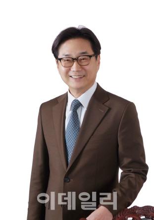 [목멱칼럼]한국 제약바이오산업 육성하려면