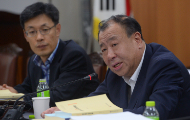"""[일문일답]""""내년도 최저임금 7530원, 자율투표로 결정"""""""