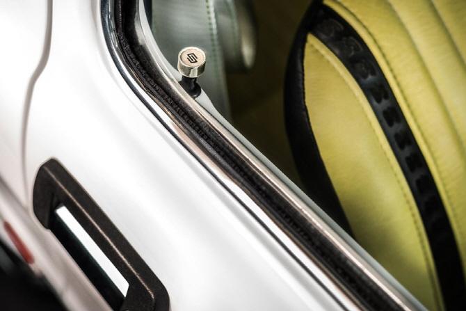 [포토] 칼렉스 디자인이 공개한 126p 튜닝카