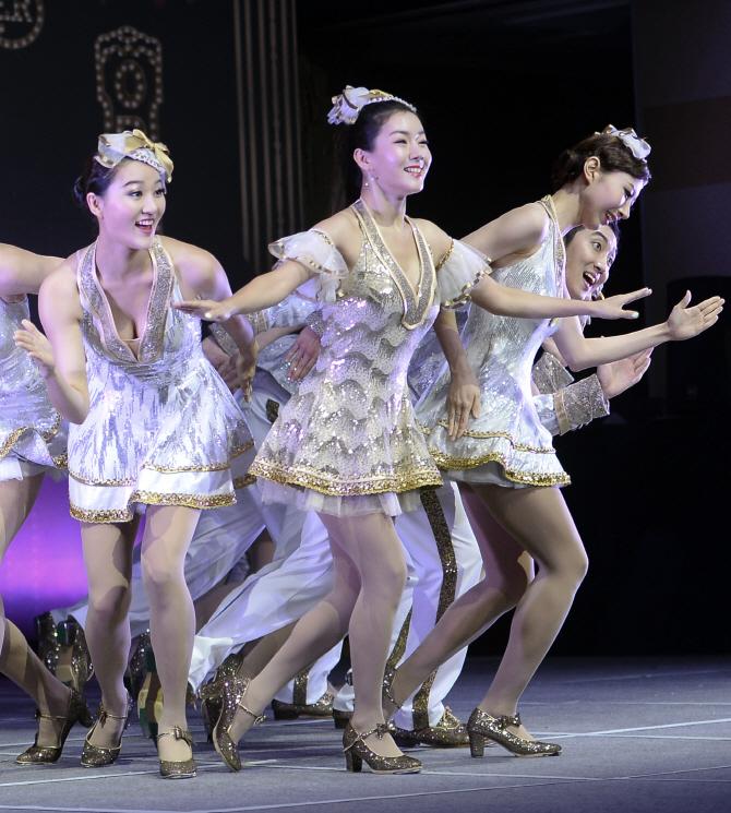 [포토] 뮤지컬 브로드웨이 42번가 하이라이트 시연