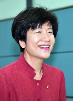 고용노동부 장관 지명 김영주 더불어민주당 의원 기자회견