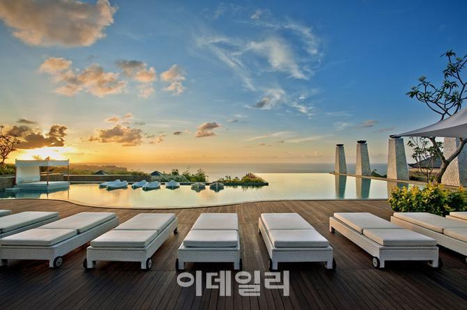 [호텔in] 반얀트리 호텔, 전세계에 '환상적인 뷰' 자랑하는 수영장 갖춰