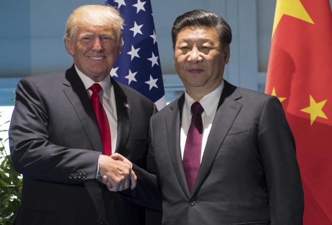 트럼프·시진핑 전화 통화 ``北 도발·긴장 고조 중단`에 동의`