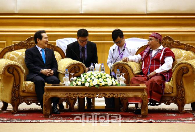 [포토] 정의장, 만 윈 카잉 딴 미얀마 상원의장 면담