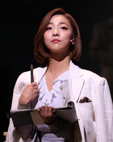 """'레베카' 루나 """"4명 막심 달라…송창의 애교남·엄기준 차도남"""""""