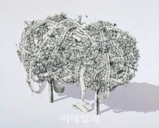`불에 태우고 석회 바르고`…한국화의 파격은 `무죄`