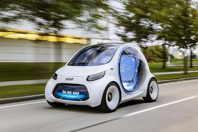 푸랑크푸르트 모터쇼에서 주목해야 할 차(3) 스마트 비전 EQ 포투 컨셉